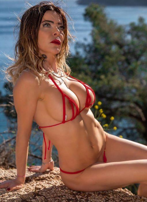 bikini-tops-peekaboo-diagonal-sylvie_dolly83-5